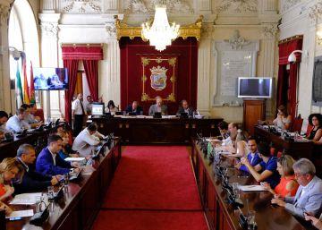 Málaga retira los honores a Francisco Franco