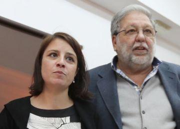 Casi 70 cargos medios del PSOE piden a Sánchez que se presente a las primarias