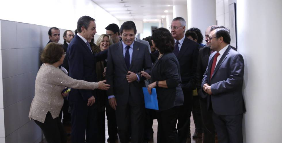 Zapatero y Fernández durante el aniversario de la ley de Dependencia.
