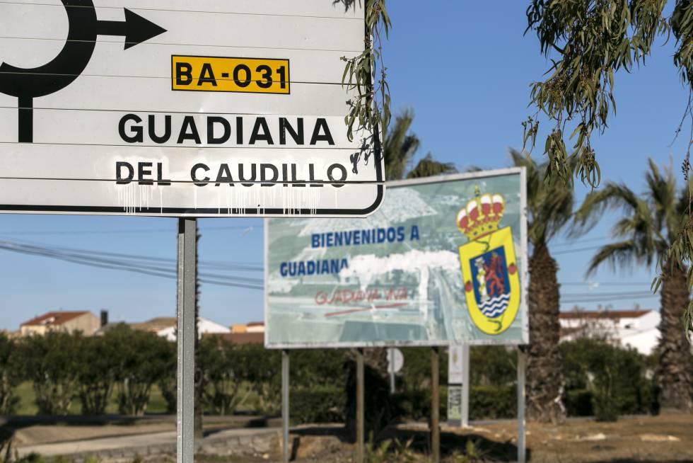 Guadiana del Caudillo mantiene su nombre franquista.