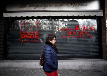 Los militantes críticos retirarán de su logo la palabra PSOE