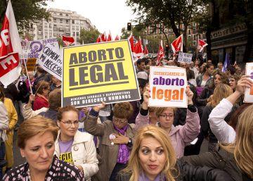 Tres detenidos por vender en Internet medicamentos para provocar abortos