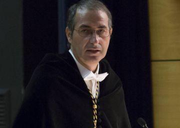 Un nuevo caso sitúa al rector de la Rey Juan Carlos como plagiador y plagiado