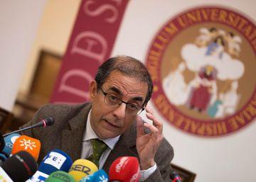 La Universidad de Sevilla alega que trató igual al profesor y sus víctimas