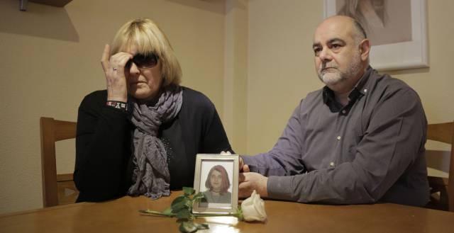 Peligros Menárguez y Joaquín García, padres de la niña que se ha suicidado en Aljucer.