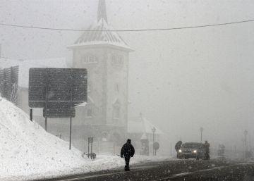 A seis grados bajo cero en Huesca y vientos de hasta 100 kilómetros por hora