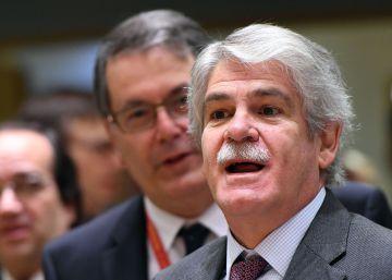 El Gobierno busca contrarrestar la ofensiva de Puigdemont en Bruselas