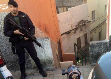 La mexicana acusada de yihadismo ingresa a prisión sin fianza