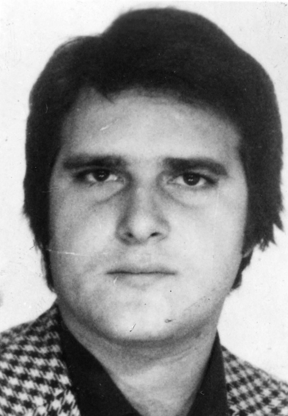 Crímenes fascistas en la Transición. José Ignacio Fernández Guaza, otro fascista impune desde 1977. [HistoriaC] 1485529062_409006_1485553137_sumario_normal