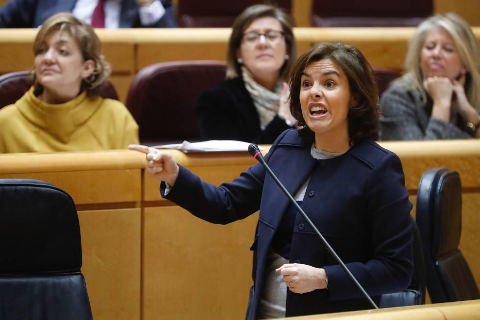 La vicepresidente del Gobierno, Soraya Sáenz de Santamaría, durante su intervención.