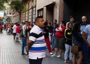 Noticias sobre documento identidad el pa s for Oficinas para renovar dni