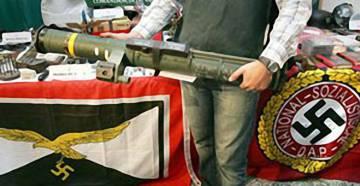 Arsenal decomisado por la Guardia Civil en Valencia en 2005 en el marco de la Operación Panzer.