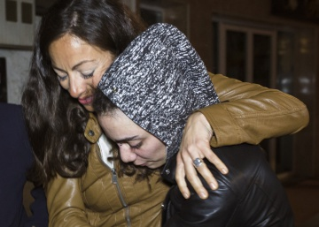 Escaping life-threatening family prejudice, lesbian couple back in Spain