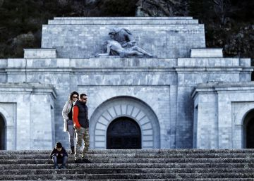 Spanish Congress approves removal of Franco's remains from Valley of Fallen