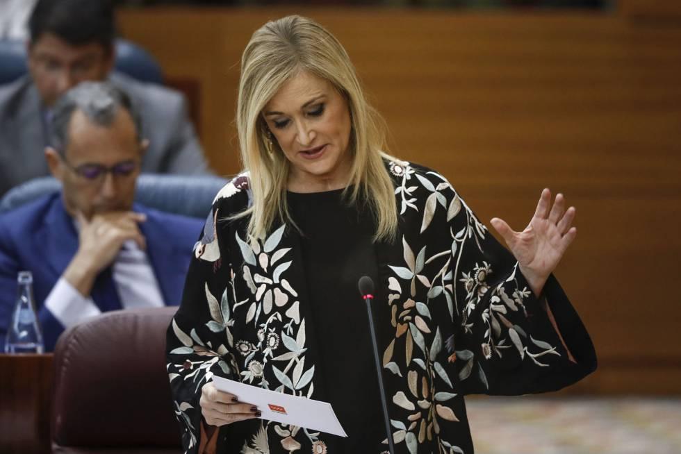 Cristina Cifuentes durante una intervención en el Pleno de la Asamblea de Madrid.