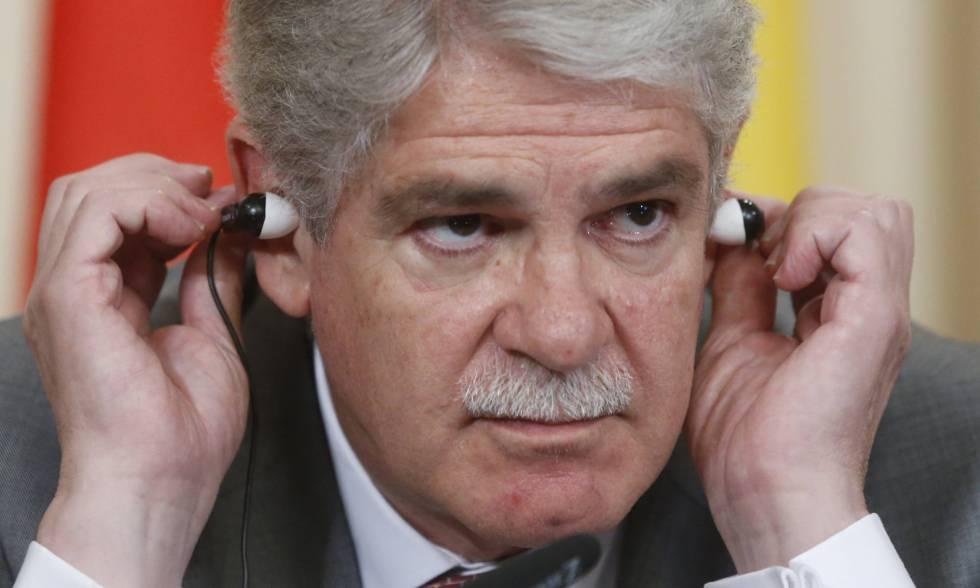 Dastis aboga por el diálogo con Rusia a pesar de las sanciones