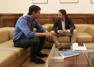 'The New Left Review', la revista que Pablo Iglesias ha regalado a Pedro Sánchez