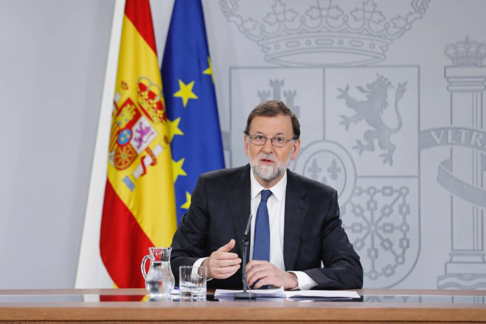 Toma posesión el nuevo gobierno de Cataluña dirigido por el independentista Torra