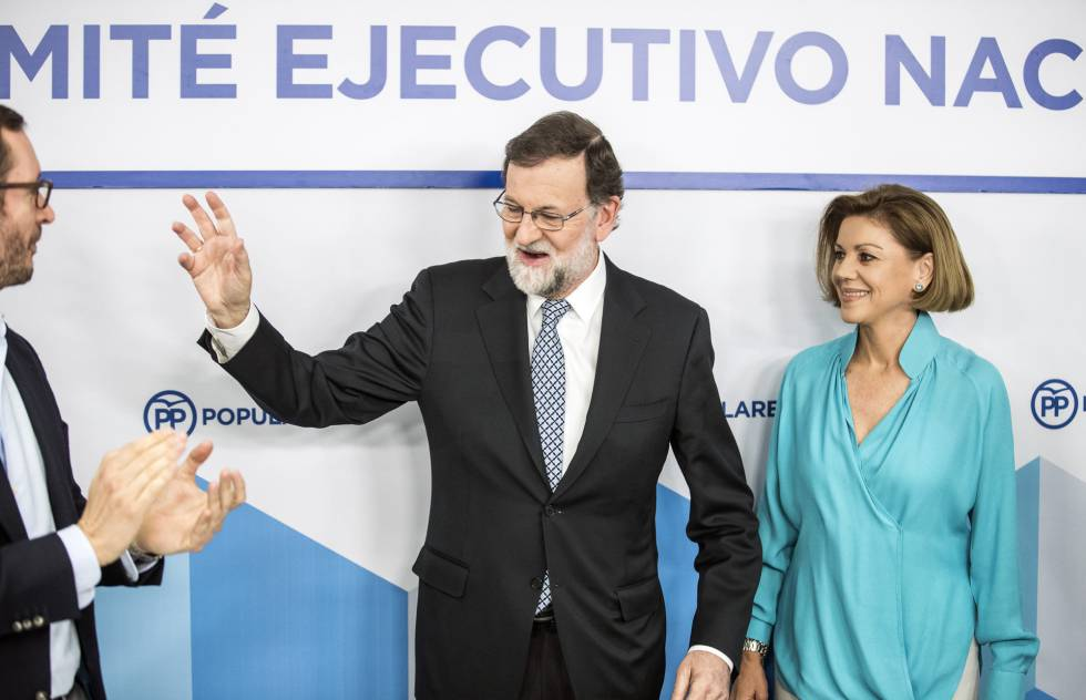 Spain's ex-PM Rajoy to stand down as head of People's Party