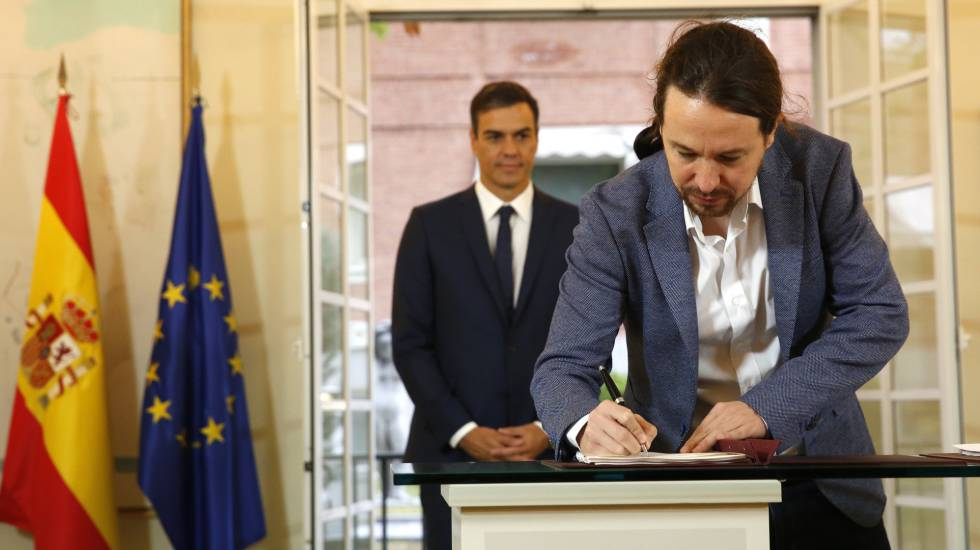 Sánchez e Iglesias pactan que todos los españoles cobren 900 euros