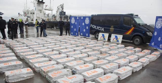 Paquetes de cocaína incautados en Vigo, en mayo.