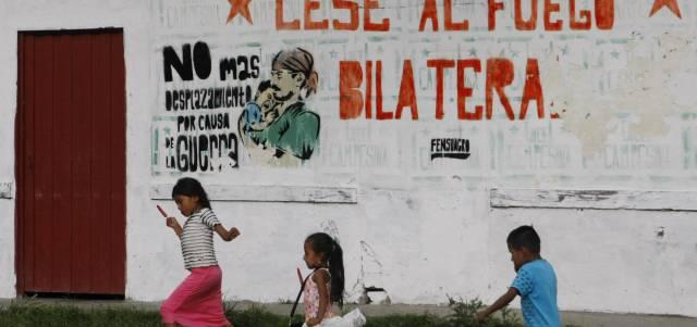En los pueblos y campos del departamento colombiano del Cauca, golpeado por muchos años por la guerra, el alto el fuego definitivo llena de esperanza a quienes han padecido el conflicto.