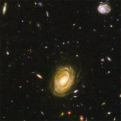 Esta nueva galaxia se generó tan sólo unos cientos de millones de años después del  Big Bang .