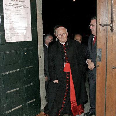 El cardenal Antonio Cañizares, poco antes de dar el pregón de Semana Santa en Ávila, en febrero pasado.