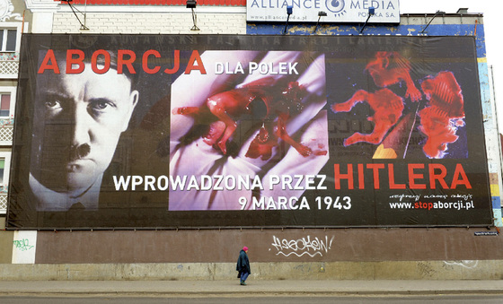 El cartel contra el aborto en la ciudad polaca de Poznan