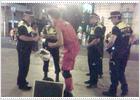 La Policía Municipal impide actuar a Tuga, el mimo de Sol