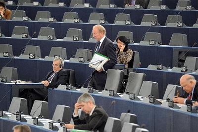 Miembros de la Eurocámara antes del inicio de la sesión de este miércoles.