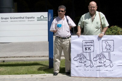 Los afectados por talidomida visitaron la farmacéutica alemana en 2006.