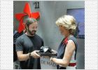 El reportero gráfico Óscar del Pozo recibe el premio fotoCAM