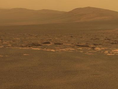 Fotografía tomada por el robot  Opportunity  en el cráter Endeavour, al que acaba de llegar.
