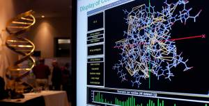Representación gráfica de una estructura molecular en el aniversario del Banco de Datos de Proteínas celebrado en Cold Spring Harbor.