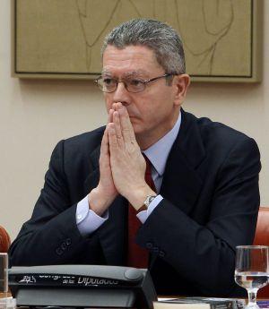 El ministro de Justicia, Alberto Ruiz-Gallardón, ante la Comisión de Justicia del Congreso.