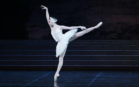 Mariafrancesca Garritano interpreta 'El lago de los cisnes' en La Scala.