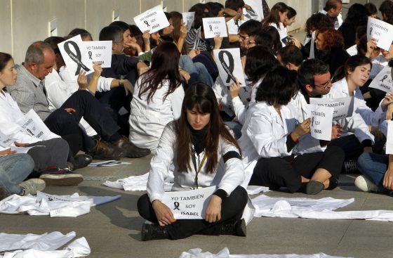 Sentada de protesta del personal del Centro de Investigación Príncipe Felipe contra los recortes
