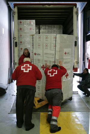 Preparación de un envío de ayuda humanitaria.