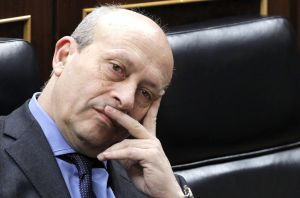 José Ignacio Wert, ayer durante la sesión de control al Gobierno en el Congreso.