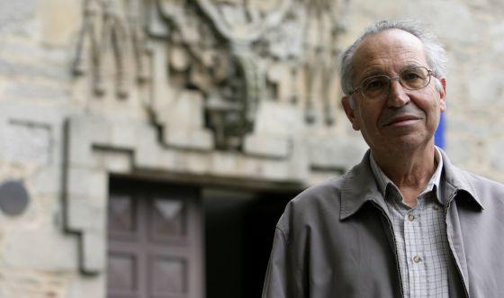 El teólogo Andrés Torres Queiruga.
