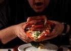 Expertos de Oxford proponen gravar la comida menos saludable
