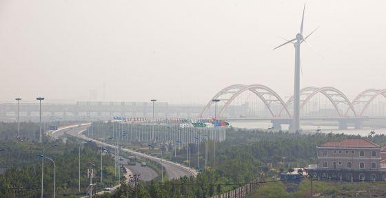 Entrada a Tienjin Eco-city, a 150 kilómetros de Pekín, una localidad aún en construcción y que quiere ser modelo de sostenibilidad.