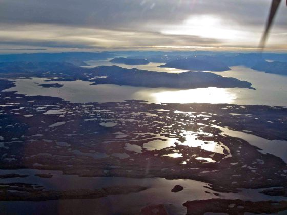 El fiordo Qugssuk, en Groenlandia, donde se construirá el puerto para cargar el hierro de la mina Isua.