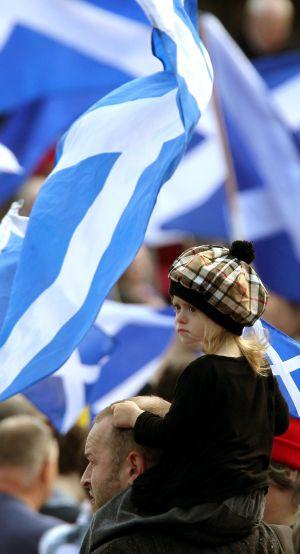 Londres y Edimburgo han acordado celebrar un referéndum sobre la independencia de Escocia antes de que termine 2014.