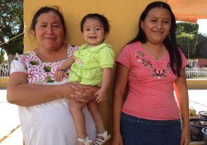 La familia Pech, en Acanceh (Yucatán, México).
