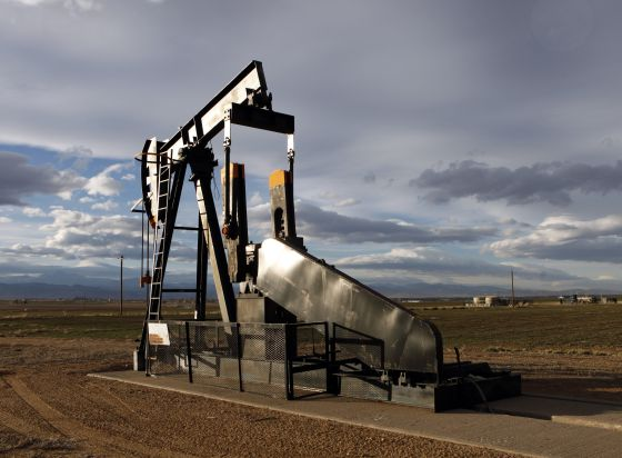 Un pozo de extracción de gas en Frederick, Colorado, Estados Unidos.  Ed Andrieski (Associated Press)