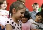 Rusia desbloquea las adopciones para matrimonios heterosexuales