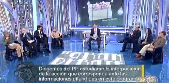 La tertulia del programa de Tele5 'El gran debate' tratando el 'caso Bárcenas'.