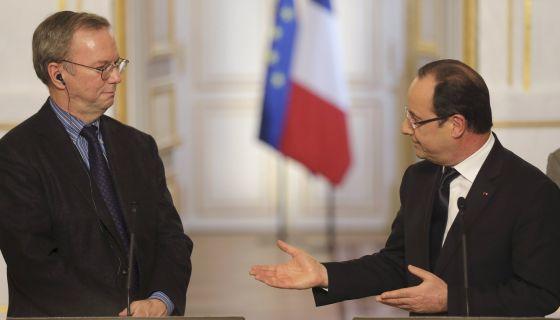 Hollande y Schmidt en la rueda de prensa en el Elíseo esta tarde.